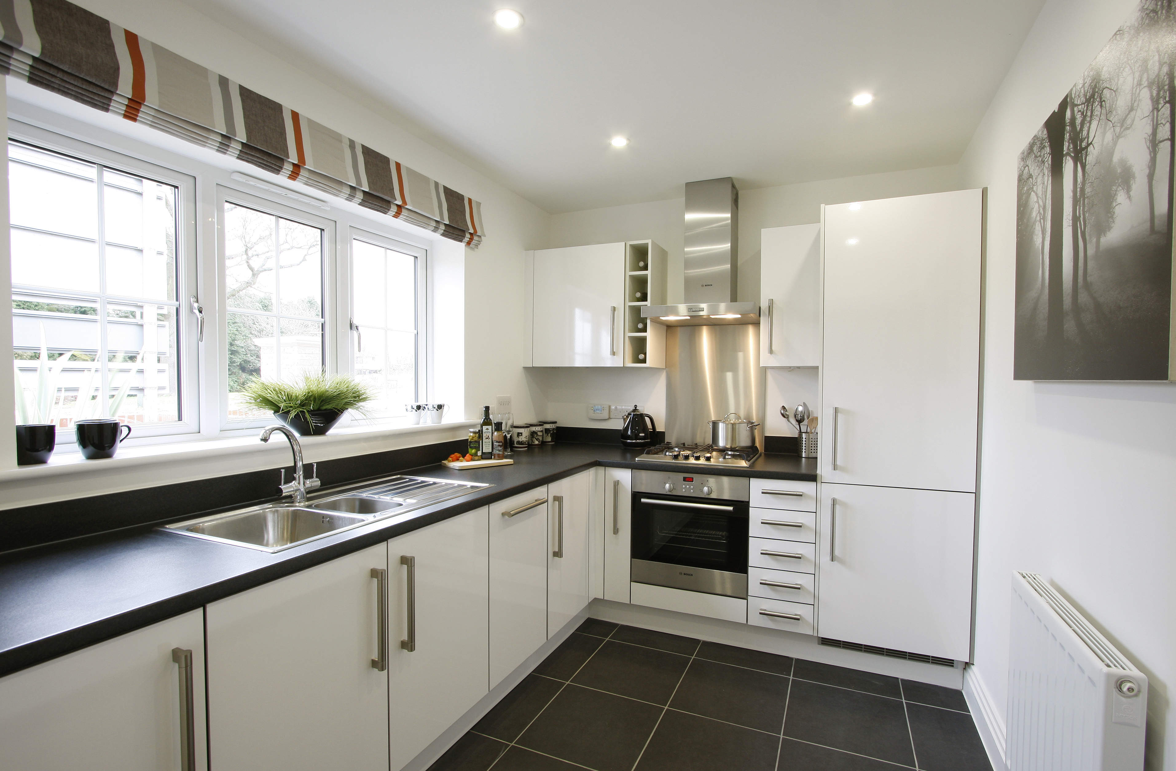 Plot 1 The Russets Kitchen