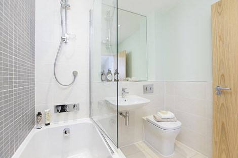 Cedars Park Show Home Bathroom